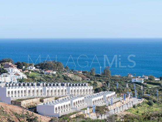 Town house for sale in Bahia de las Rocas with 3 bedrooms   Serneholt Estate