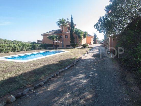 Finca in Manilva with 4 bedrooms | Serneholt Estate
