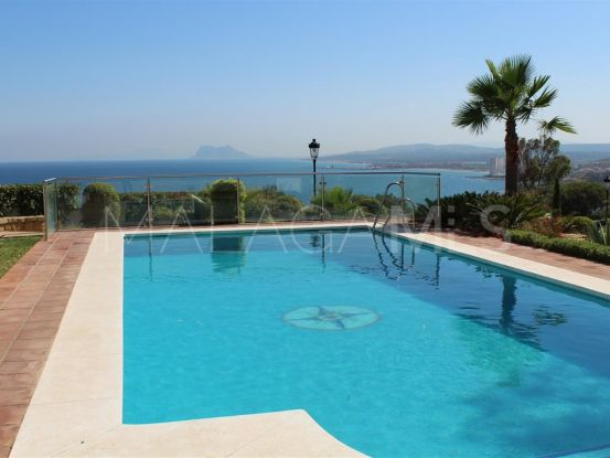 Buy villa in Chullera with 3 bedrooms | Serneholt Estate