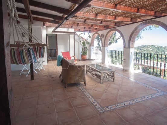 For sale 4 bedrooms finca in Casares | Serneholt Estate