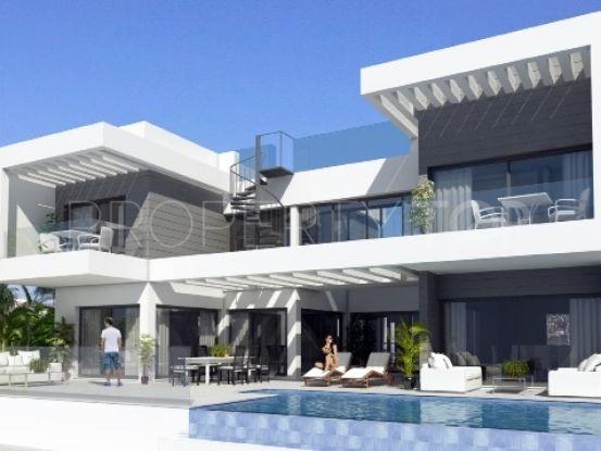 Buy villa with 4 bedrooms in Mijas | Lucía Pou Properties