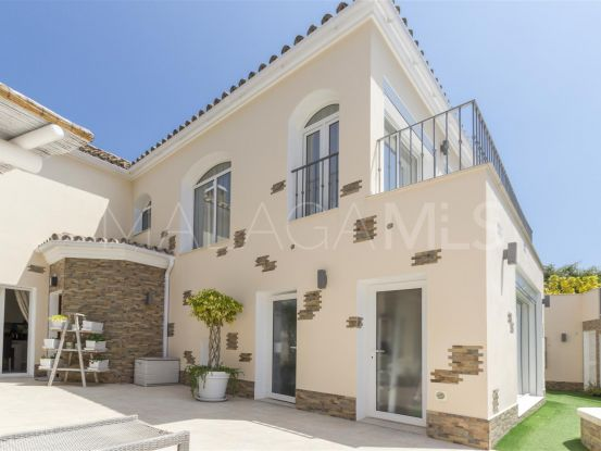 Buy 4 bedrooms villa in San Pedro de Alcantara   Lucía Pou Properties