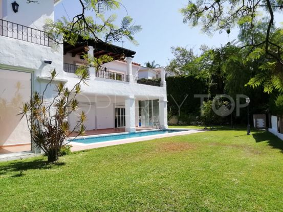 Buy New Golden Mile villa | Lucía Pou Properties