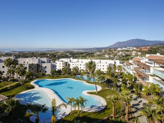 For sale apartment with 2 bedrooms in New Golden Mile, Estepona | Lucía Pou Properties