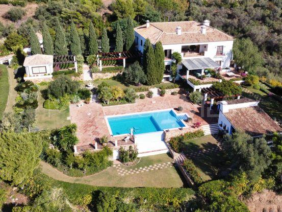 Villa a la venta en Ctra. De Ronda de 6 dormitorios | Lucía Pou Properties