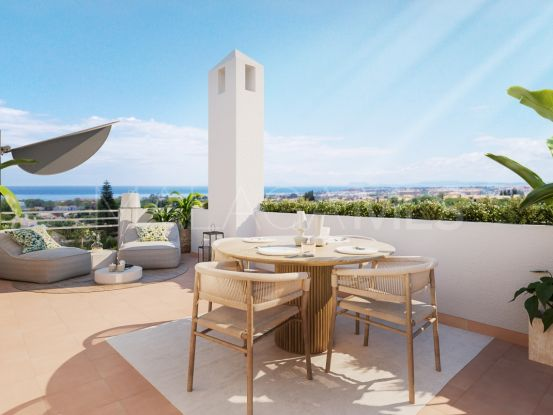 Apartment for sale in Nueva Andalucia with 3 bedrooms | Lucía Pou Properties