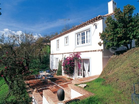 For sale 3 bedrooms villa in Istan   Lucía Pou Properties