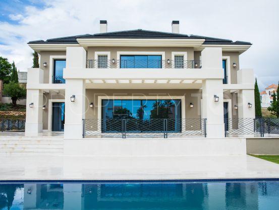 Buy villa in Los Flamingos Golf, Benahavis | Cleox Inversiones