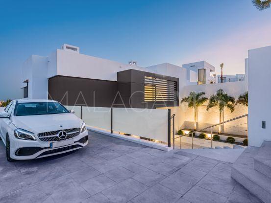 Comprar villa de 5 dormitorios en Capanes Sur, Benahavis | Cleox Inversiones