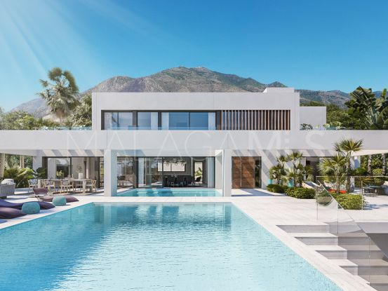 Villa for sale in Benalmadena Costa with 4 bedrooms | Cleox Inversiones