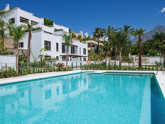Se vende apartamento planta baja en Lomas del Rey con 3 dormitorios | Cleox Inversiones