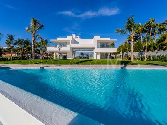 Comprar villa con 5 dormitorios en Guadalmina Baja | Cleox Inversiones