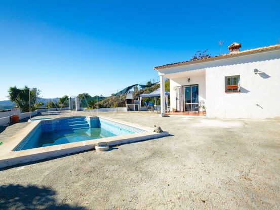 For sale country house in Velez Malaga with 2 bedrooms | Keller Williams Marbella