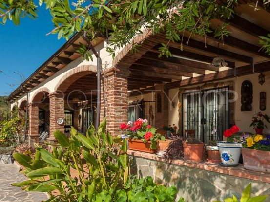 8 bedrooms finca for sale in Cartama | Divertum Estate