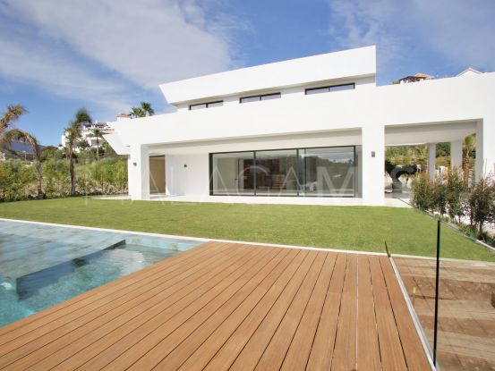 For sale La Alqueria 5 bedrooms villa | Vita Property