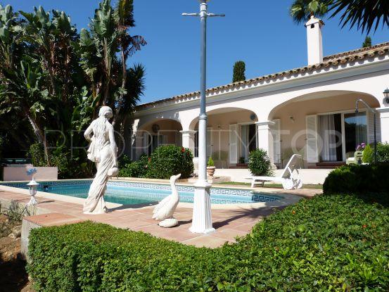 Buy villa in Zona A with 3 bedrooms | Noll Sotogrande
