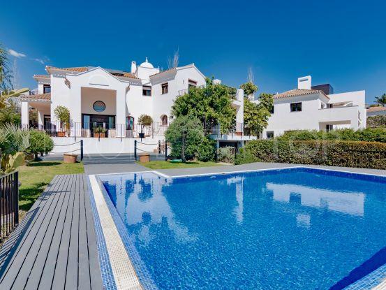 Comprar villa de 5 dormitorios en La Alqueria, Benahavis | Marbella Hills Homes