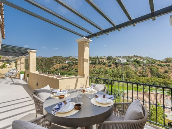 For sale 4 bedrooms penthouse in La Quinta, Benahavis | Marbella Hills Homes