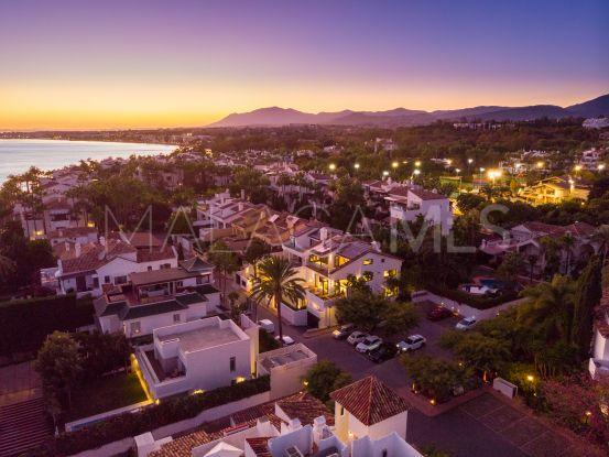 Duplex penthouse in Marina de Puente Romano for sale | Marbella Hills Homes