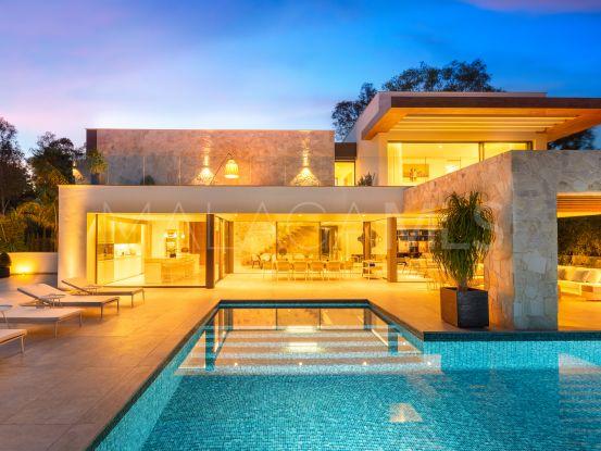 Villa en venta en El Herrojo, Benahavis | LibeHomes