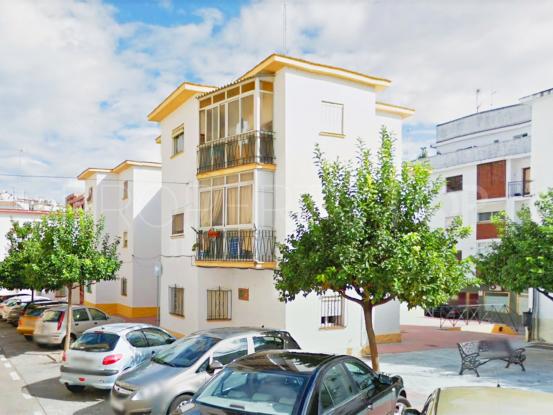 Apartamento en venta con 3 dormitorios en Estepona Centro | DeLuxEstates