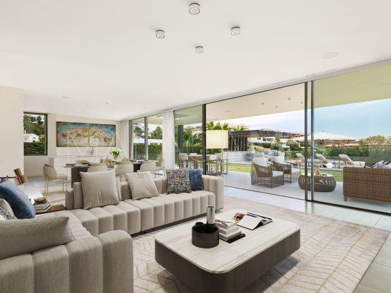 Villa en venta de 5 dormitorios en Capanes Sur, Benahavis | Key Real Estate