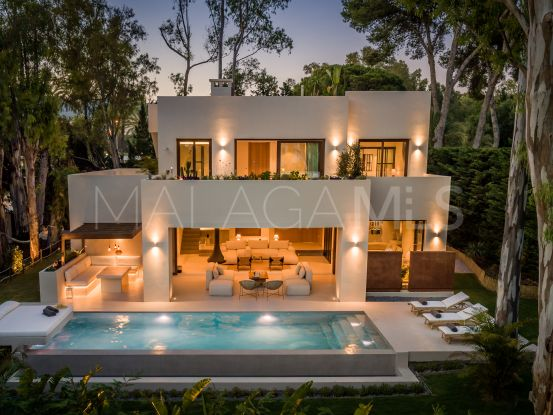 5 bedrooms villa for sale in Los Monteros Playa, Marbella East | Key Real Estate