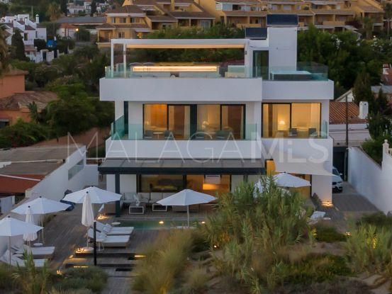 Villa with 6 bedrooms for sale in Marbella East | Key Real Estate
