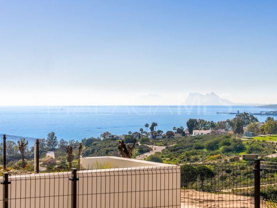 Town house for sale in Bahia de las Rocas with 3 bedrooms | Key Real Estate