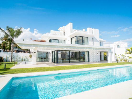 Villa a la venta con 5 dormitorios en Los Flamingos, Benahavis | Key Real Estate