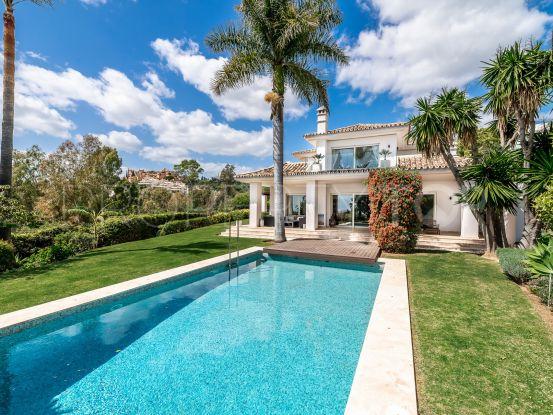 Villa for sale in La Cerquilla, Nueva Andalucia | Key Real Estate