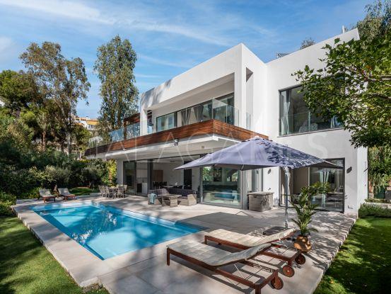 For sale villa with 5 bedrooms in Arboleda, Estepona | Key Real Estate