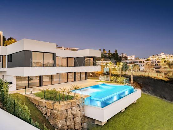 Comprar villa con 4 dormitorios en Las lomas del Conde Luque, Benahavis   NCH Dallimore Marbella