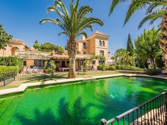 Villa for sale in El Madroñal, Benahavis   Private Property