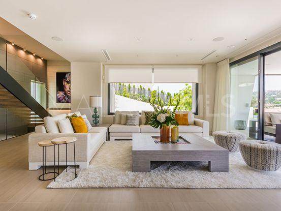 Villa with 5 bedrooms for sale in Nueva Andalucia, Marbella   Private Property