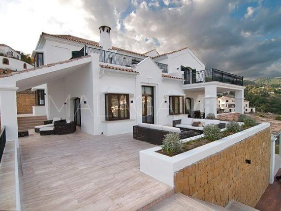Villa in El Madroñal, Benahavis   Private Property