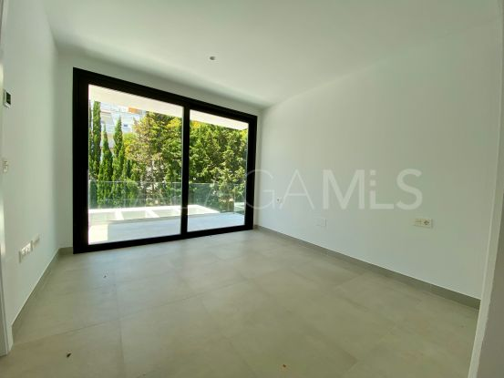For sale town house in Guadalobon, Estepona | InvestHome