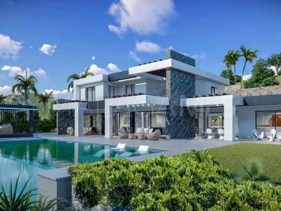 Buy villa with 4 bedrooms in La Quinta, Benahavis | InvestHome