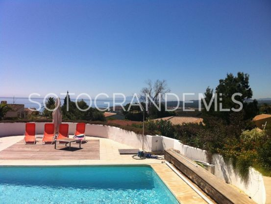 For sale villa with 4 bedrooms in Torreguadiaro, Sotogrande | Sotogrande Home