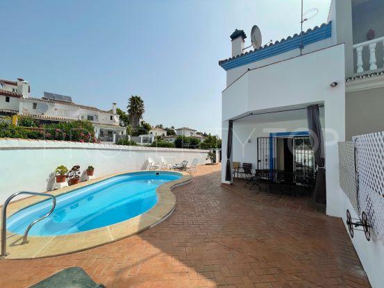 Buy villa with 4 bedrooms in Pueblo Nuevo de Guadiaro   Sotogrande Home