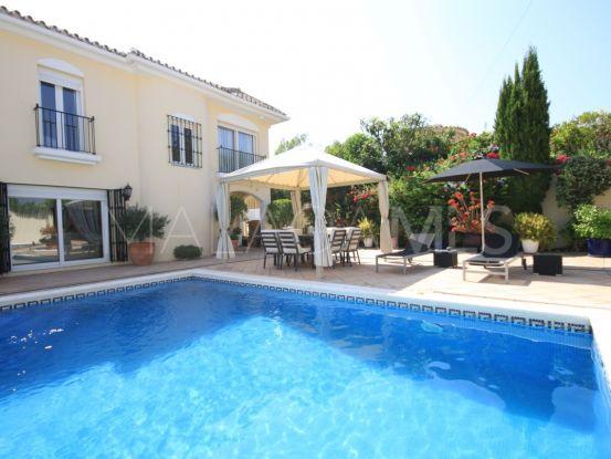 Don Pedro, Estepona, villa en venta de 3 dormitorios | Winkworth