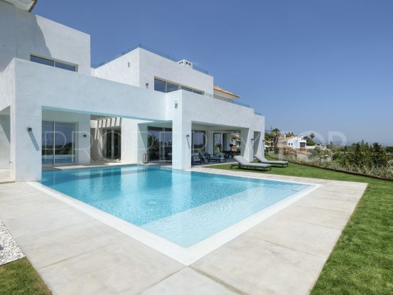 Villa for sale in Paraiso Alto with 5 bedrooms | Berkshire Hathaway Homeservices Marbella