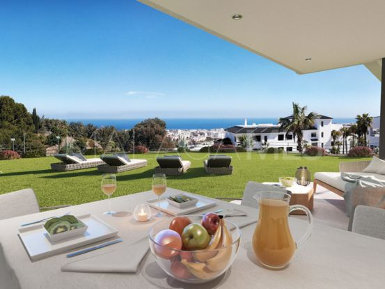 Ground floor duplex with 4 bedrooms for sale in Estepona | Berkshire Hathaway Homeservices Marbella