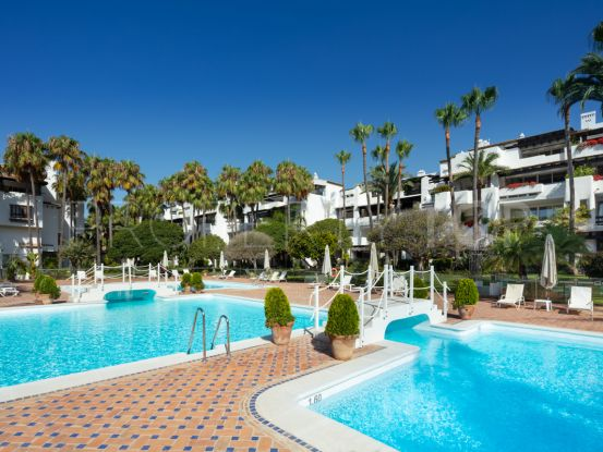 Duplex penthouse with 4 bedrooms for sale in Marina de Puente Romano, Marbella Golden Mile   Berkshire Hathaway Homeservices Marbella