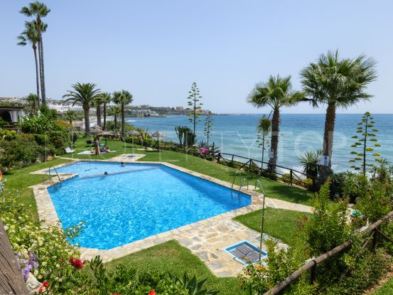 Town house for sale in Bahia Azul, Estepona | Berkshire Hathaway Homeservices Marbella