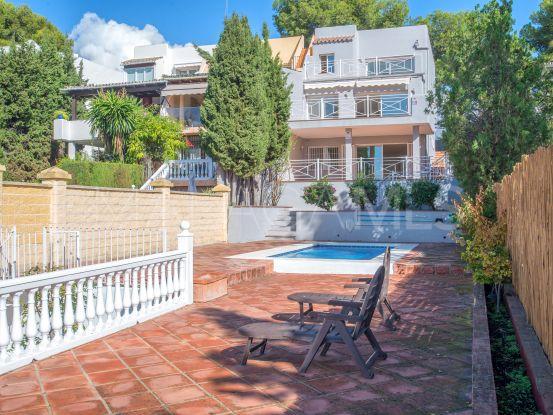 Se vende adosado con 4 dormitorios en Las Brisas, Nueva Andalucia | Berkshire Hathaway Homeservices Marbella