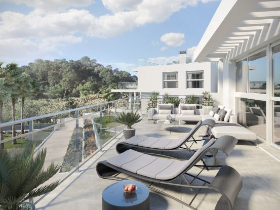 Se vende atico de 2 dormitorios en Benahavis Centro | Berkshire Hathaway Homeservices Marbella