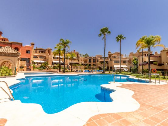 Penthouse with 2 bedrooms for sale in La Cartuja del Golf, Estepona | Berkshire Hathaway Homeservices Marbella
