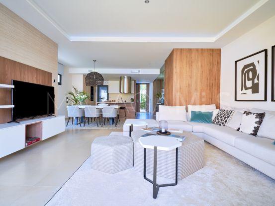 For sale 3 bedrooms semi detached villa in Marbella - Puerto Banus | Berkshire Hathaway Homeservices Marbella