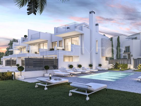 Town house for sale in Guadalobon | Value Added Property